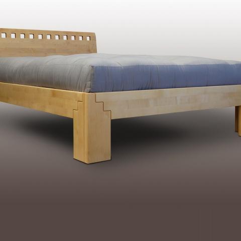 Lit en bouleau massif pour futon